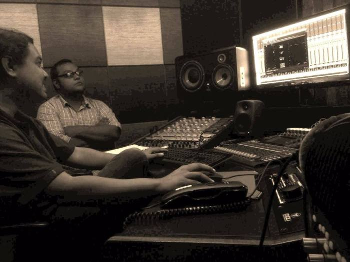Vishal with engineer Ariel Samson at Benchmark Studios, Thane.
